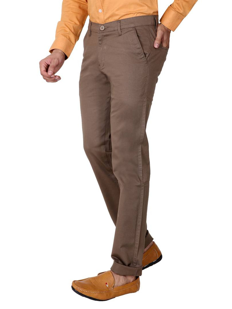 Men's Brown Cotton Solid Slim Fit Chinos