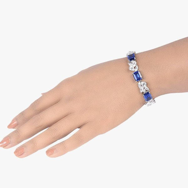 BLUE SAPPHIRE AND DIAMOND CLUSTER TENNIS BRACELET