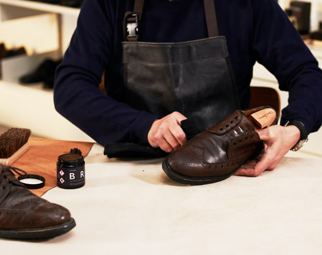 How to clean and polish your shoes