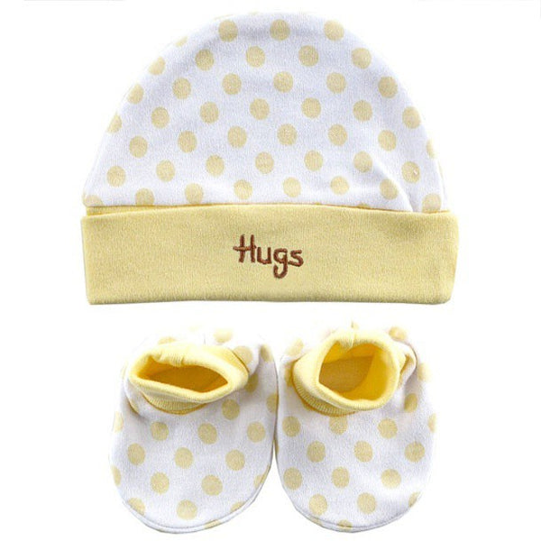 Luvable Friends Cap and Booties Set, Yellow