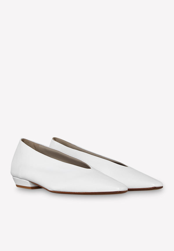 Almond Toe Flats in Soft Nappa Leather