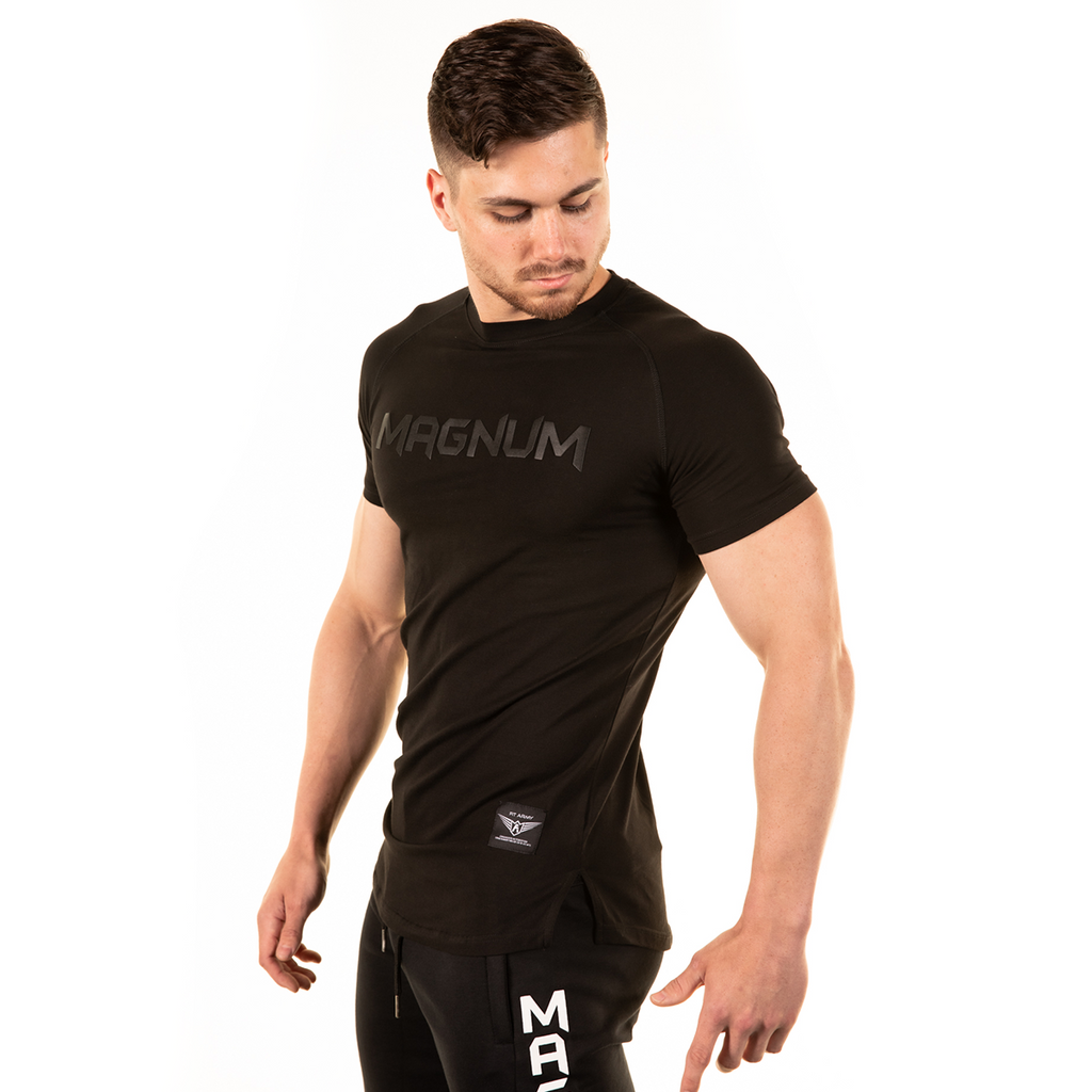 MEN'S BLACK PERFORMANCE T-SHIRT