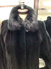 Load image into Gallery viewer, plucked grey mink coat/sable collar