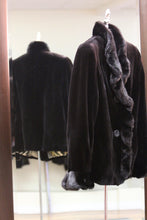 Load image into Gallery viewer, black sheared mink jacket