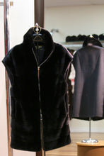 Load image into Gallery viewer, ranch mink vest/loro piana cashmere