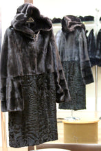 Load image into Gallery viewer, ranch mink coat/swakara combo