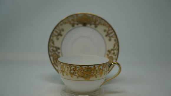 Noritake Hand Painted Gold on Pale Yellow Teacup and Saucer #175