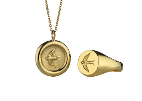 Home Ring and Pendant Set in Polished Gold