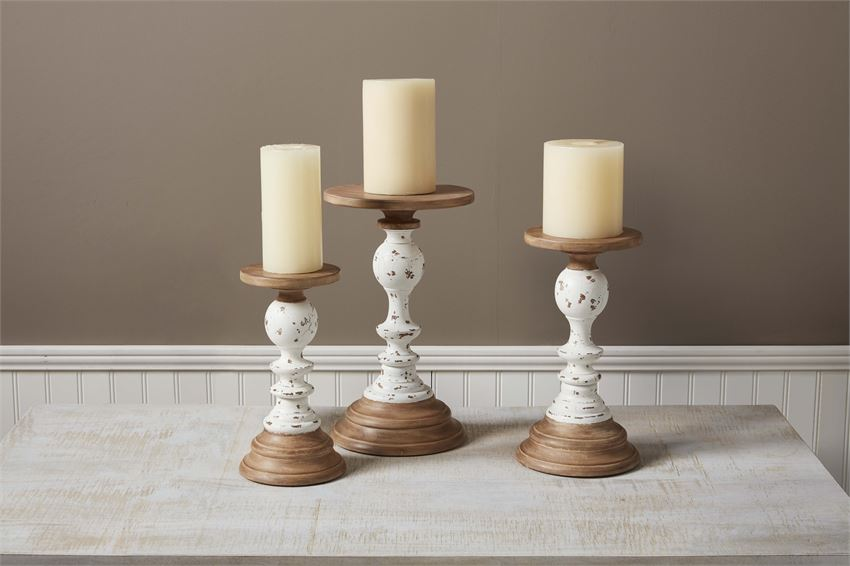 WOODEN RUSTIC CANDLE STICK