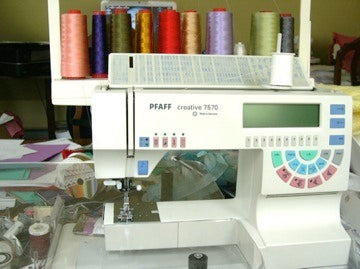 pfaff-creative-7575-sewing-embroidery-sewing-machine.jpg