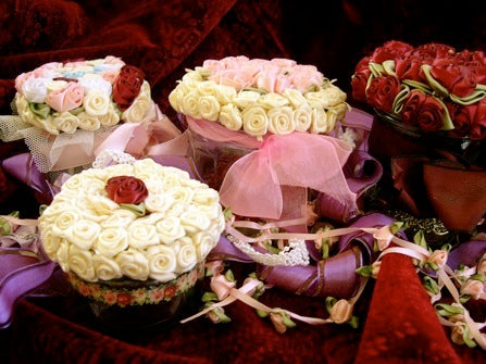 rose-jars-for-trinkets-and-gifts.jpg
