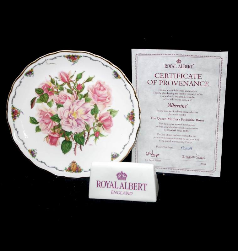 Vintage Royal Albert Queen Mother's Favourite Roses Albertine plate