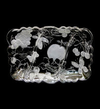 Load image into Gallery viewer, Vintage CASA crystal clear glassware pretty divided serving platter in box
