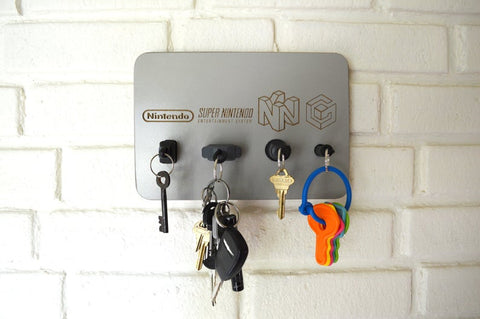 Nintendo Plug Key Chain Holder Organizer - NES SNES N64 GameCube - Real controller Plugs