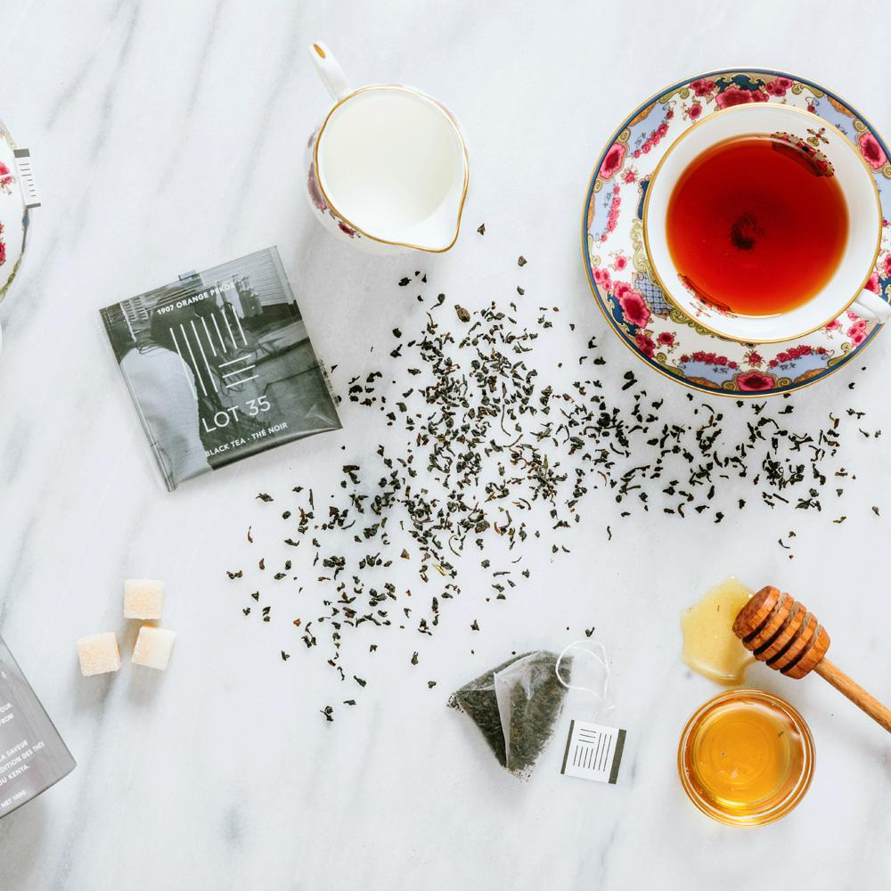 Sugar cubes and tea on kitchen table
