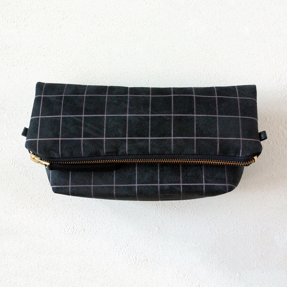 Lee Coren Everything Crossbody and Clutch in Grid Black - RedRubyRougeBoutique