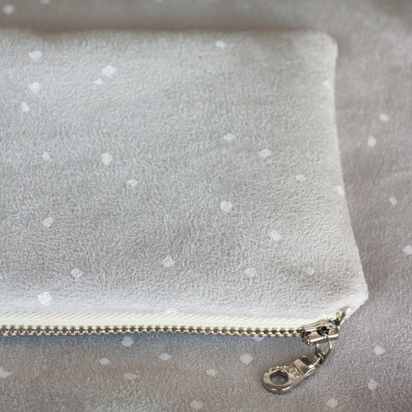 Lee Coren Snowy White Portofino Pouch - RedRubyRougeBoutique