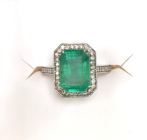 14K Gold 3.5 ctw. Zambian Emerald and diamond Ring
