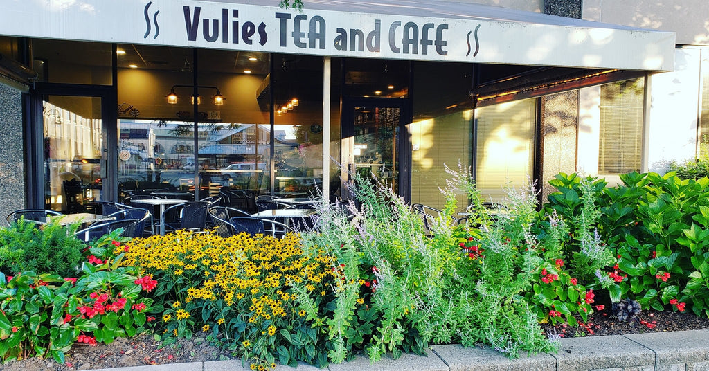 Vulies tea and cafe front side