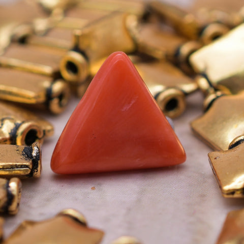 3.86 Ct 100% Natural Red Coral Gemstone