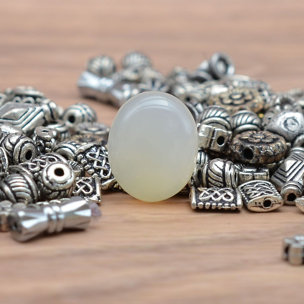 Natural Certified Moonstone Gemstone