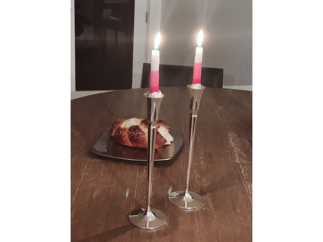 Premium Pink and White Tricolor Shabbat Candles