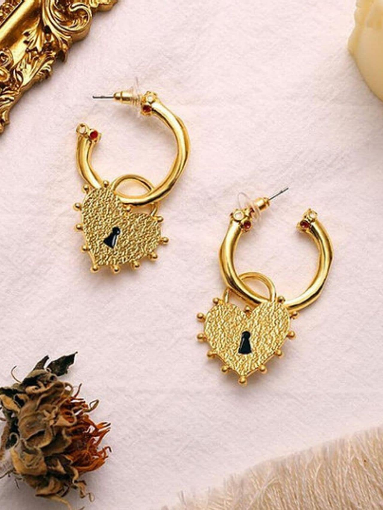 Irregular Chunky Lock Shape Heart Charm Earrings