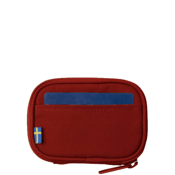fjallraven-kanken-card-wallet-ox-red-2