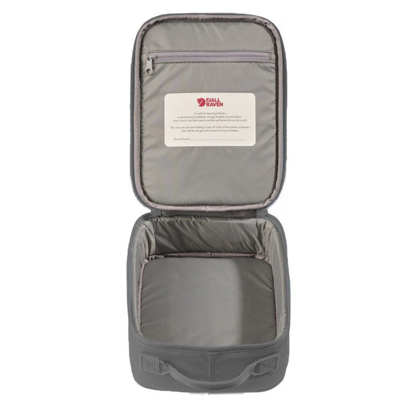 fjallraven-kanken-cooler-lunch-bag-super-grey-2