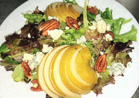 Pear Salad With Pecans, Blue Cheese And Maple Dressing