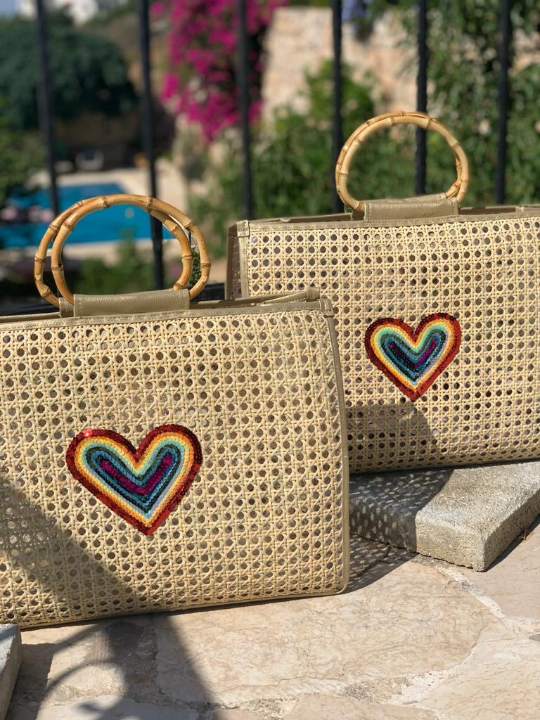 Lily beach bag -rainbow heart