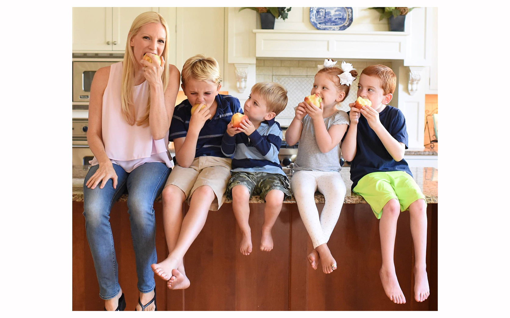 Liza Huber with children