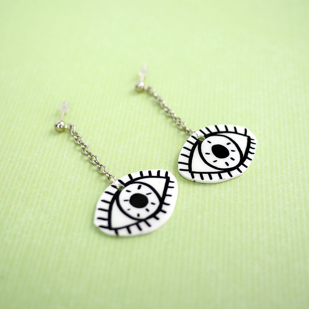 Spooky Eyeball Dangle Earrings