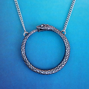 Load image into Gallery viewer, Ouroboros Snake Necklace