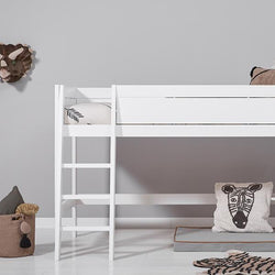 Middle high bed with sloping steps
