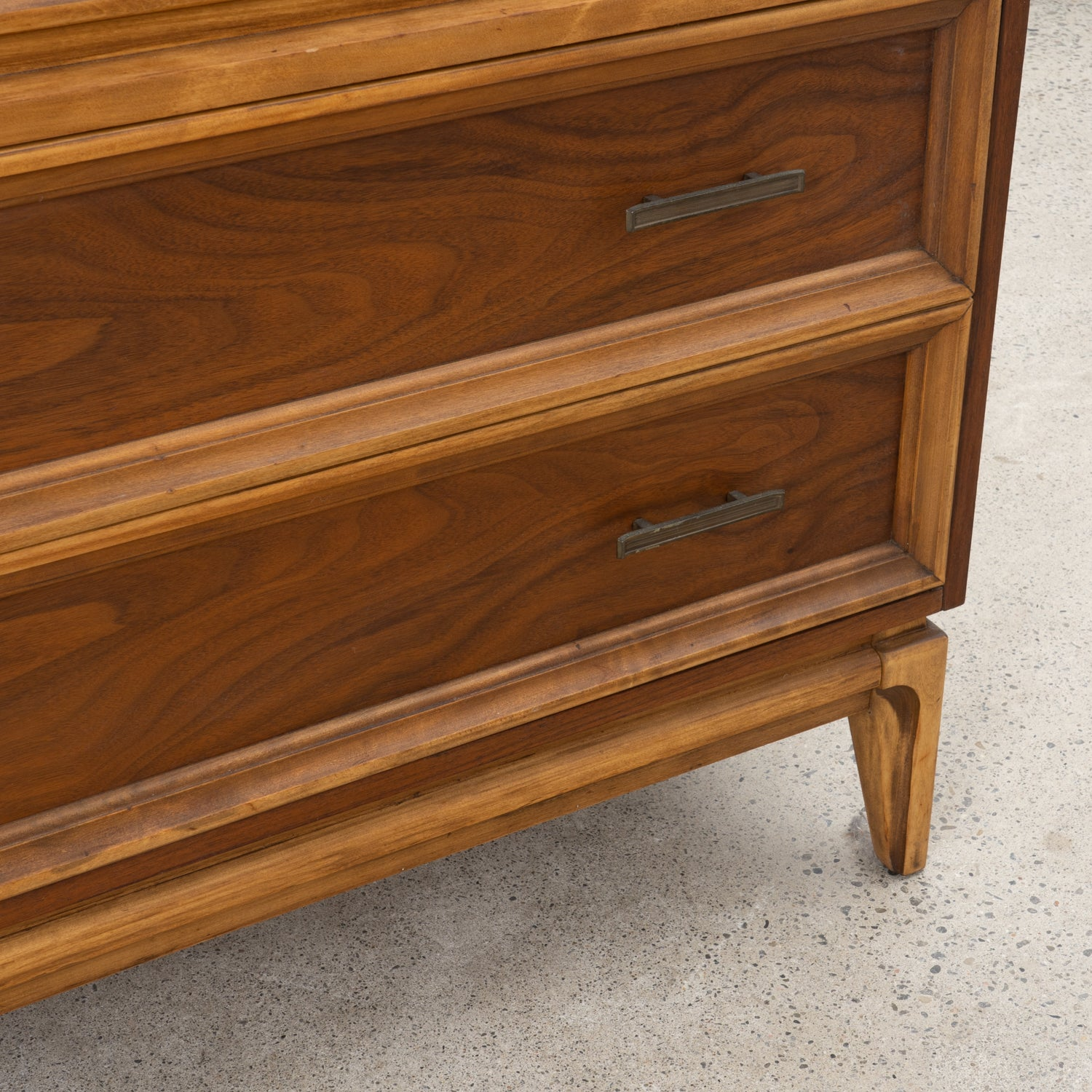 Walnut 5-Drawer Dresser