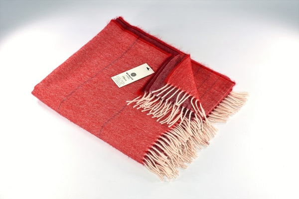 Alpaca Throw – Rusty Red Ómbre - McNutt of Donegal
