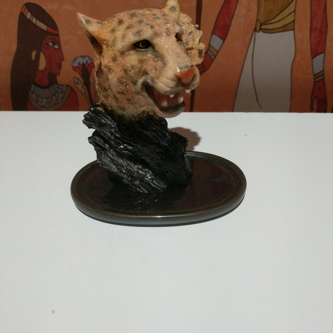 Collectable tiger head