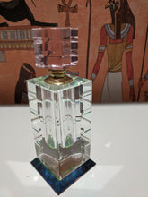 Load image into Gallery viewer, 3 D latest home design Crystal bottle