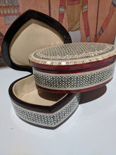 Load image into Gallery viewer, Egyptian collectable hand made Mother of pearl box