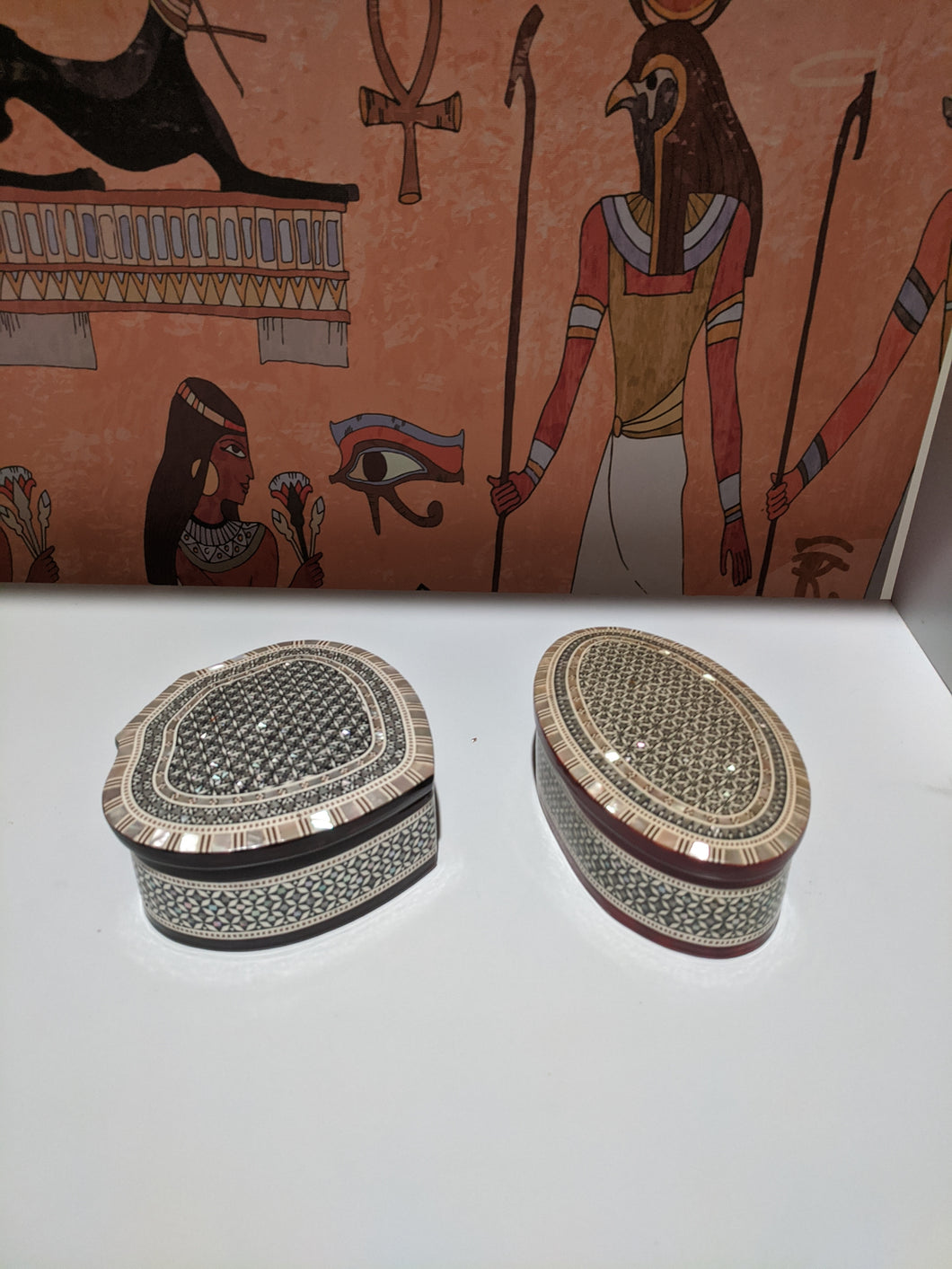 Egyptian collectable hand made Mother of pearl box