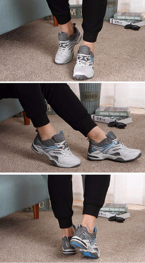 Classic Lightweight Running Shoes