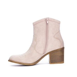 CHINESE LAUNDRY UNITE BOOTIES IN BLUSH