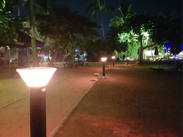 arko-bollard-solar-color-changing-lights-sold-online-now-at-thesolpatch-com-2