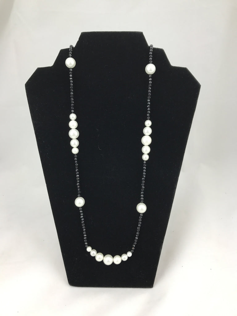 Black Crystals & White Pearl Necklace