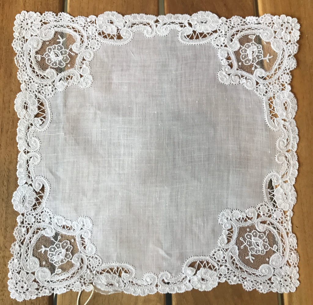 Estate Collection Linen/Lace Handkerchiefs