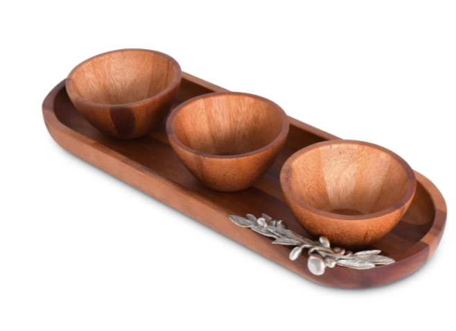 Olive Baguette Tray with Wood Bowls