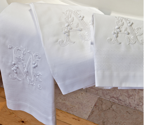 Guest Towels w/Monogram