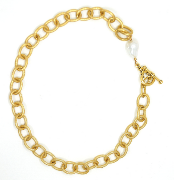 Minny White Pearl Necklace