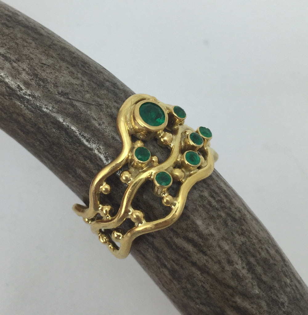 Estate Collection 18K Gold & Emerald Ring